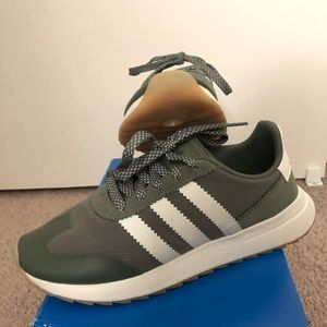 Adidas FLB Runner shoes